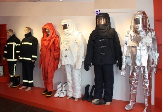 Quần áo chống cháy