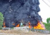 Kinh hoàng nổ lớn ở xưởng phế liệu trong khu dân cư