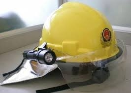 Mũ chống cháy hàn quốc có đèn ( vàng)